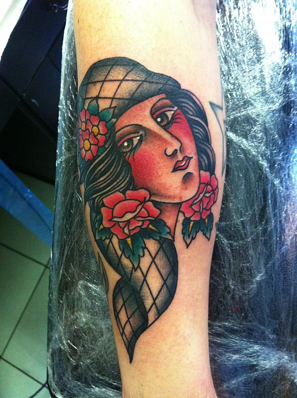 gypsy girl head