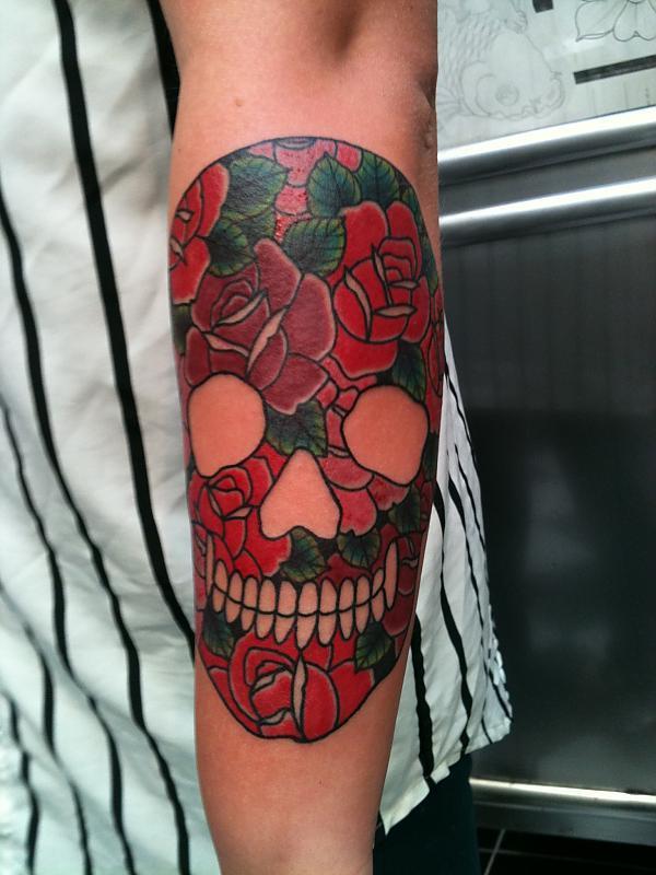 Roses skull