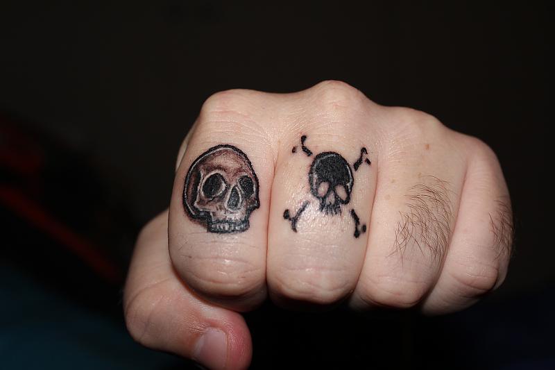 Skull Knuckles