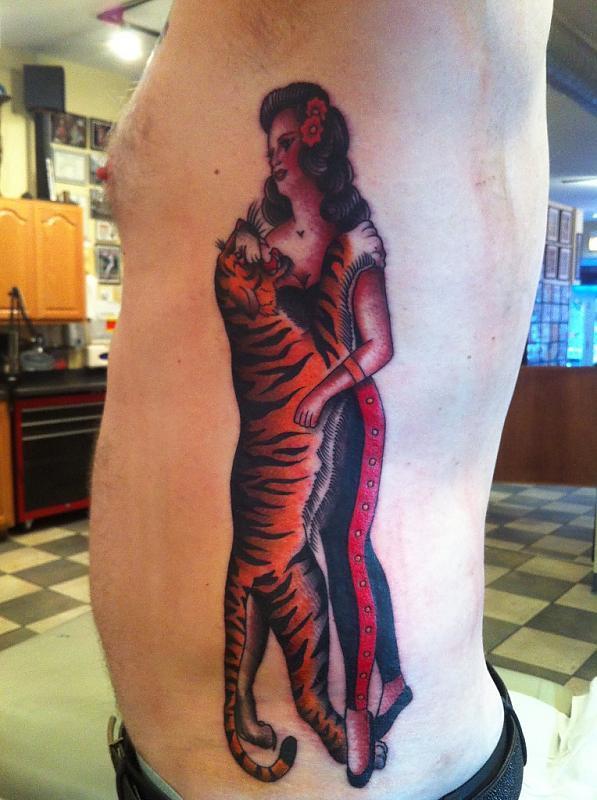 la Senorita y el Tigre