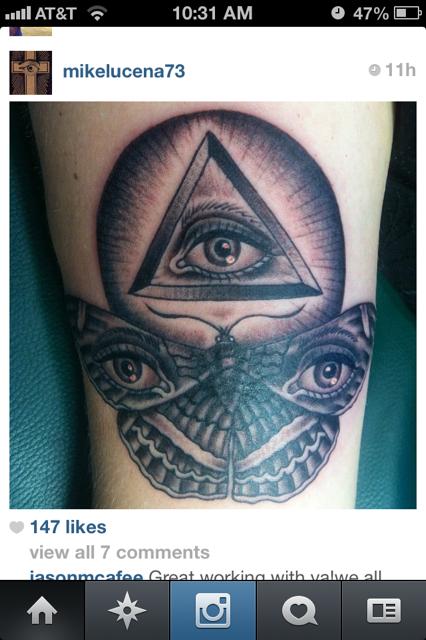 Moth, Universal eye, pyramid