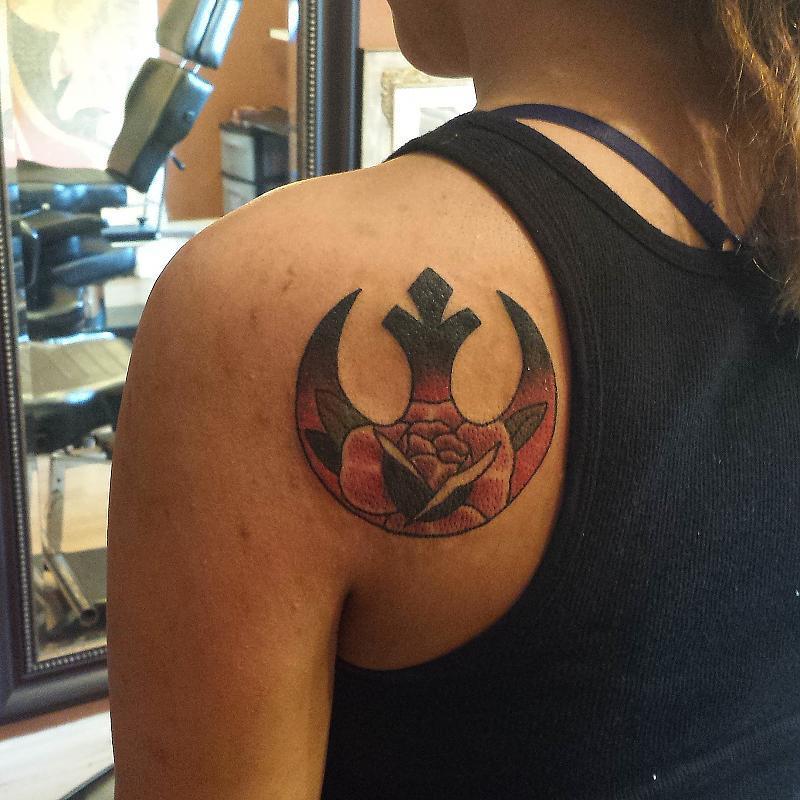 Rebel alliance rose