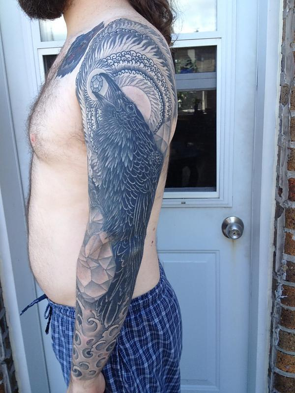 Thomas Hooper raven sleeve