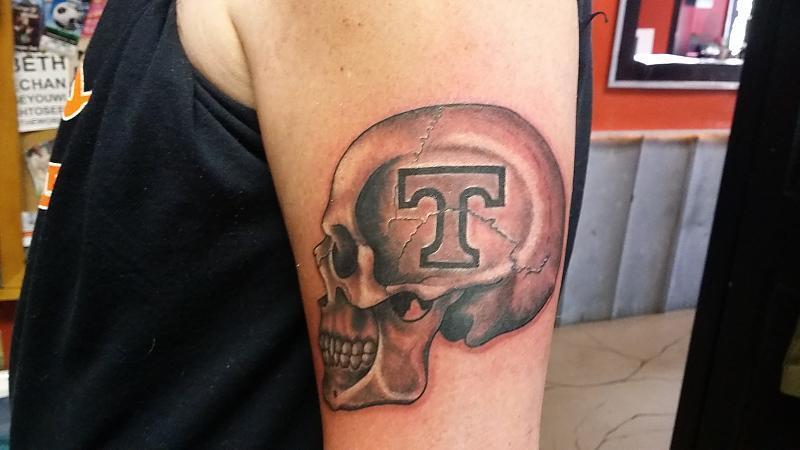 Tenn Vols skull