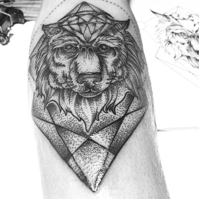 Geometric Wolf Dotwork