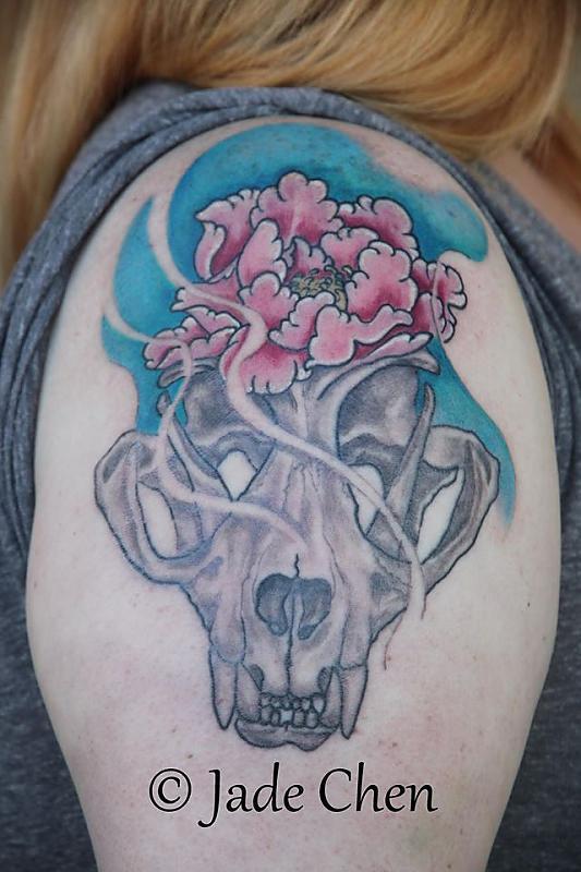 Bobcat Skull w Peony