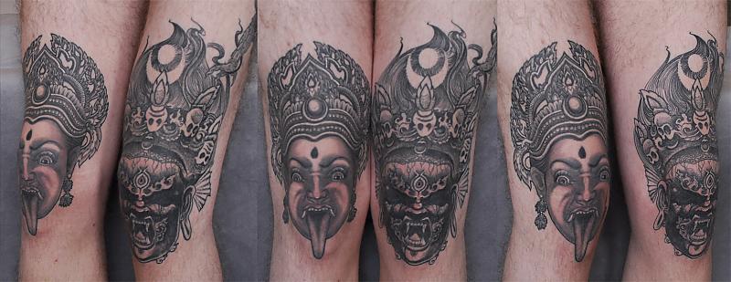 Tibetan Knees