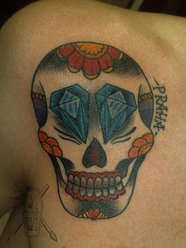 skull with diamonds