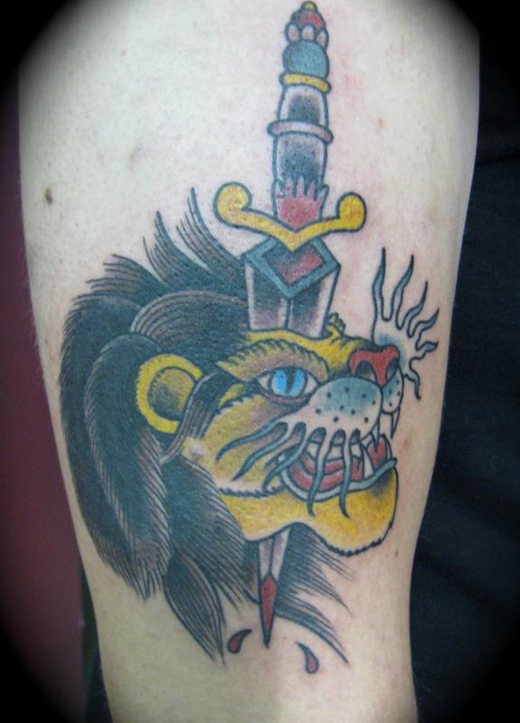 Lion Dagger