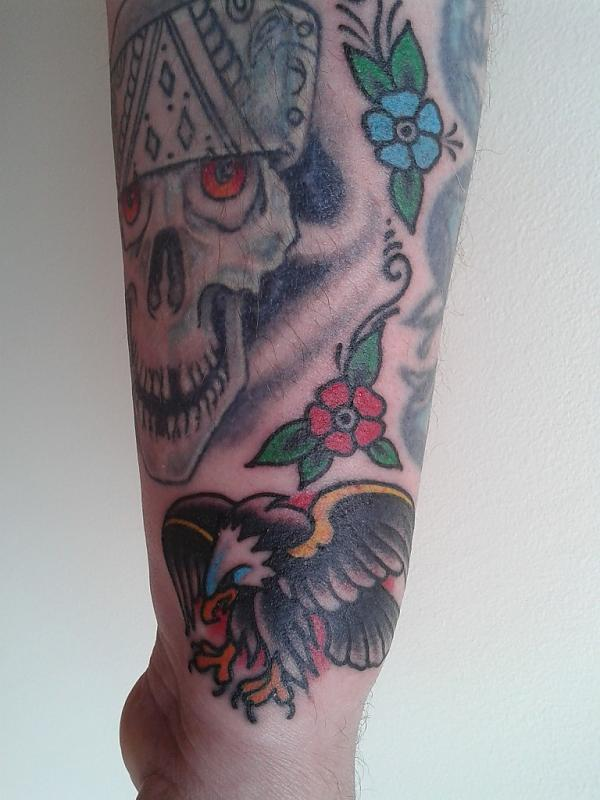 Eagle on Wrist and  Flower Fillers