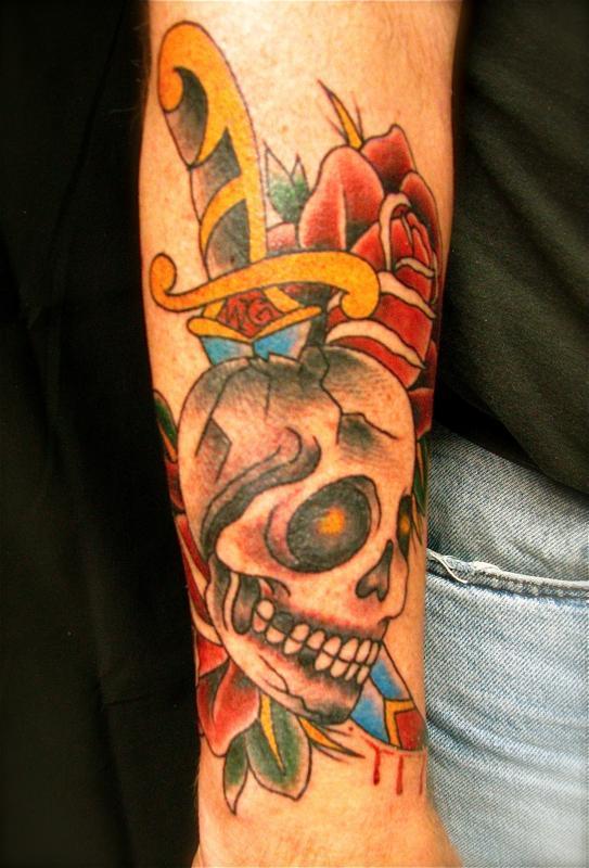 skull dagger and roses
