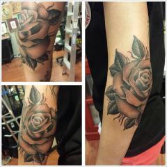 elbow rose