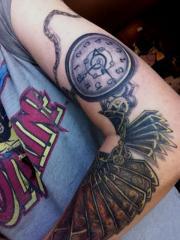 Mia' Tattoo Clock