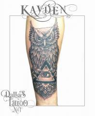 Dotwork Owl Eye Triangle