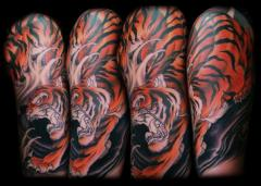Tiger Half Sleeve