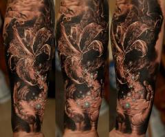 Dmitriy Samohin full sleeve and thigh piece