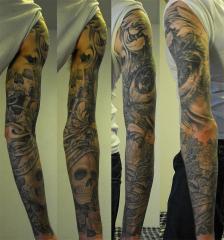 Black n Grey Sleeve