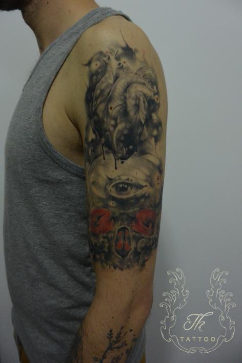 Skull/heart tattoo