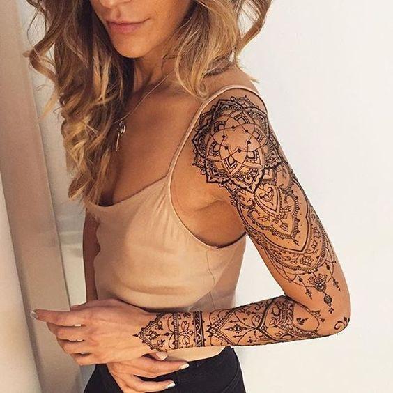 tatuaje en el brazo simbolos.jpg