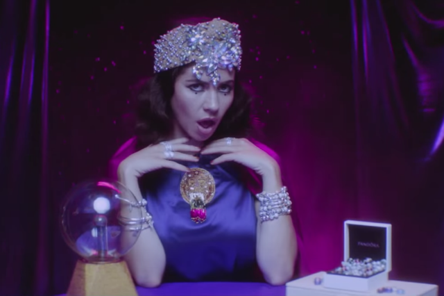 marina-and-the-diamonds-blue-video-froot-640x426.png