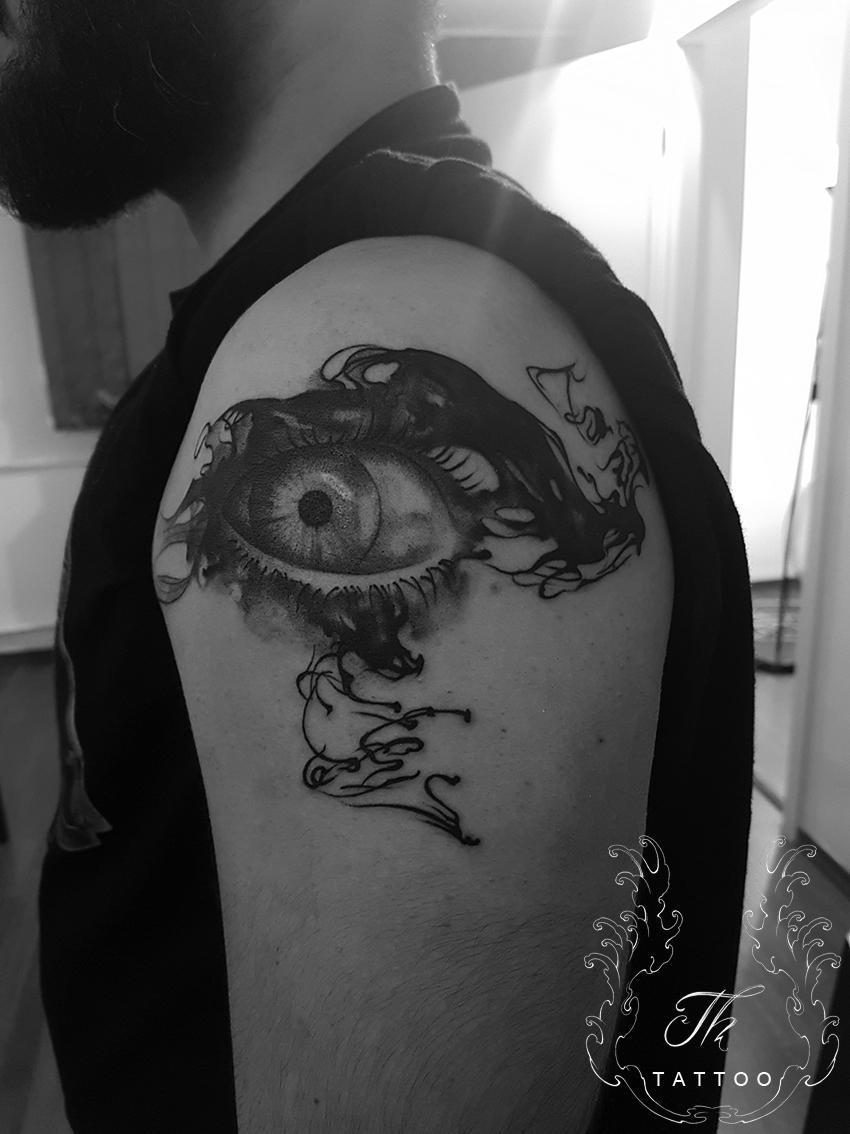 eye_surrealistic_tattoo.jpg